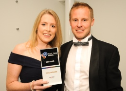 Chester Racecorse, Taste Cheshire Food and Drink Awards 2019. Picture Best Cafe award to Farm Made Tea Rooms and presented to Hannah Burton of Farm Made Tea Rooms. SW2342019