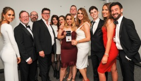 Chester Racecorse, Taste Cheshire Food and Drink Awards 2019. Picture Best Pub award presented to The Chesterfields. SW2342019